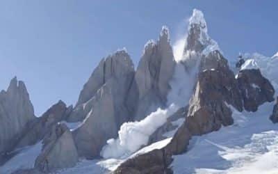 Avalanche au Cerro Torre