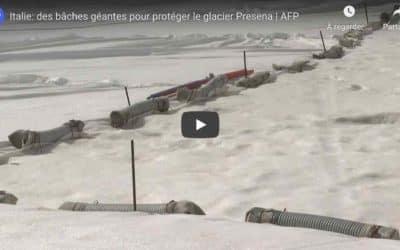 En Italie, des immenses bâches pour protéger un glacier