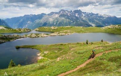 Le tour des lacs en VTT à l'Alpe d'Huez